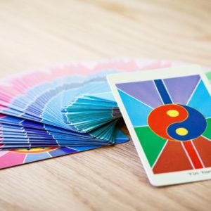 Jeu de cartes, les énergies de l'âme par Julien Delumeau, medium, praticien holistique à Annecy
